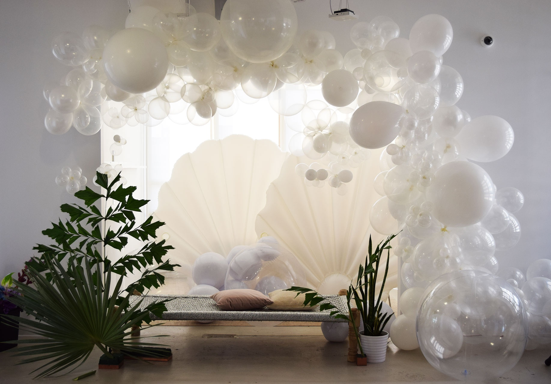 Balloon Archways Cascading Balloon Garland