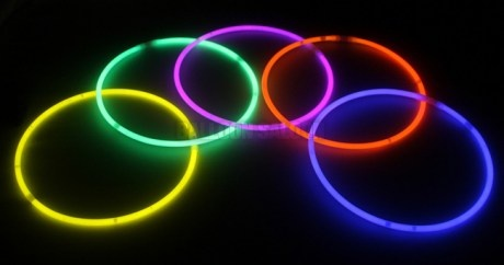 Glow_Necklaces_A_50c8d009b2bf5.jpg