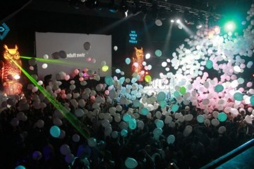 Balloon_Drop_4e233fa3b2db8.jpg